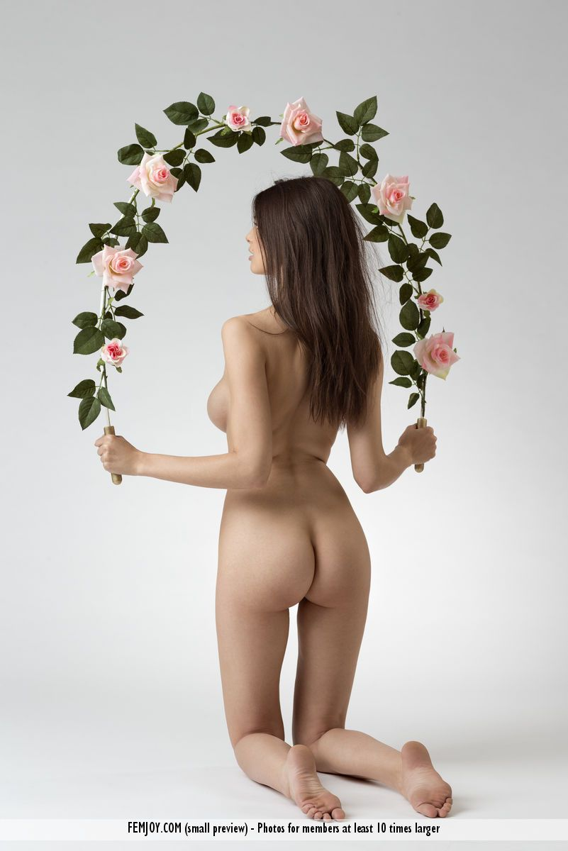 Jasmine A. - LOVE 02
