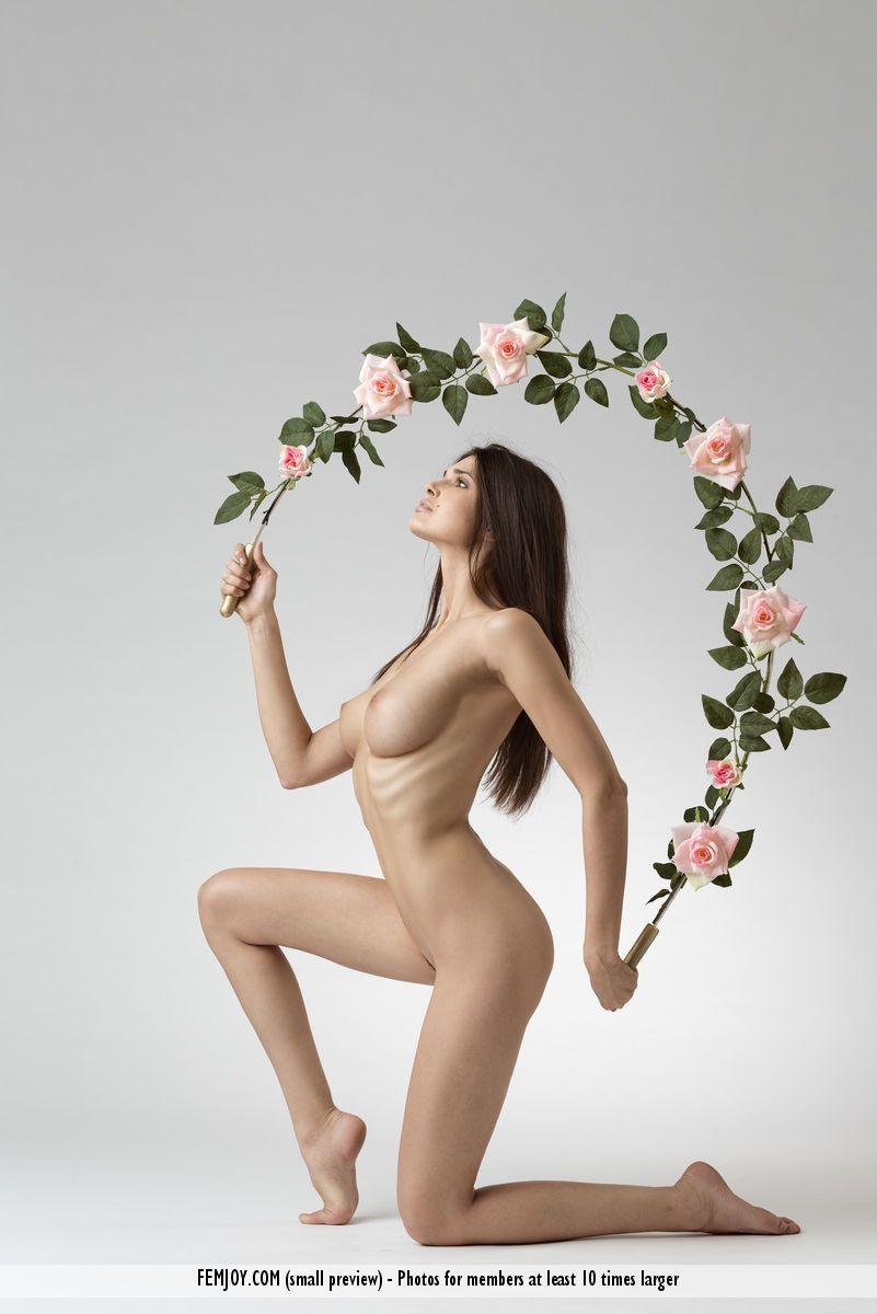 Jasmine A. - LOVE 03