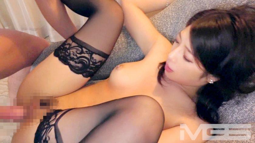 中里美穂 28歳 元受付嬢 09