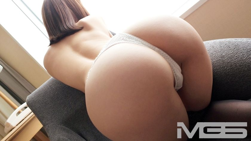 高木早希 26歳 社長秘書 06