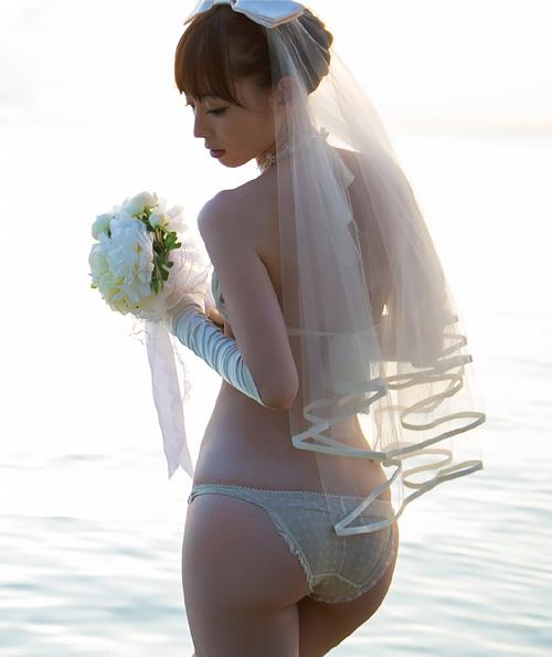 秋山莉奈 人妻の尻だと思うと萌える♪人妻オシリーナの新作グラビア #エロ画像 60枚