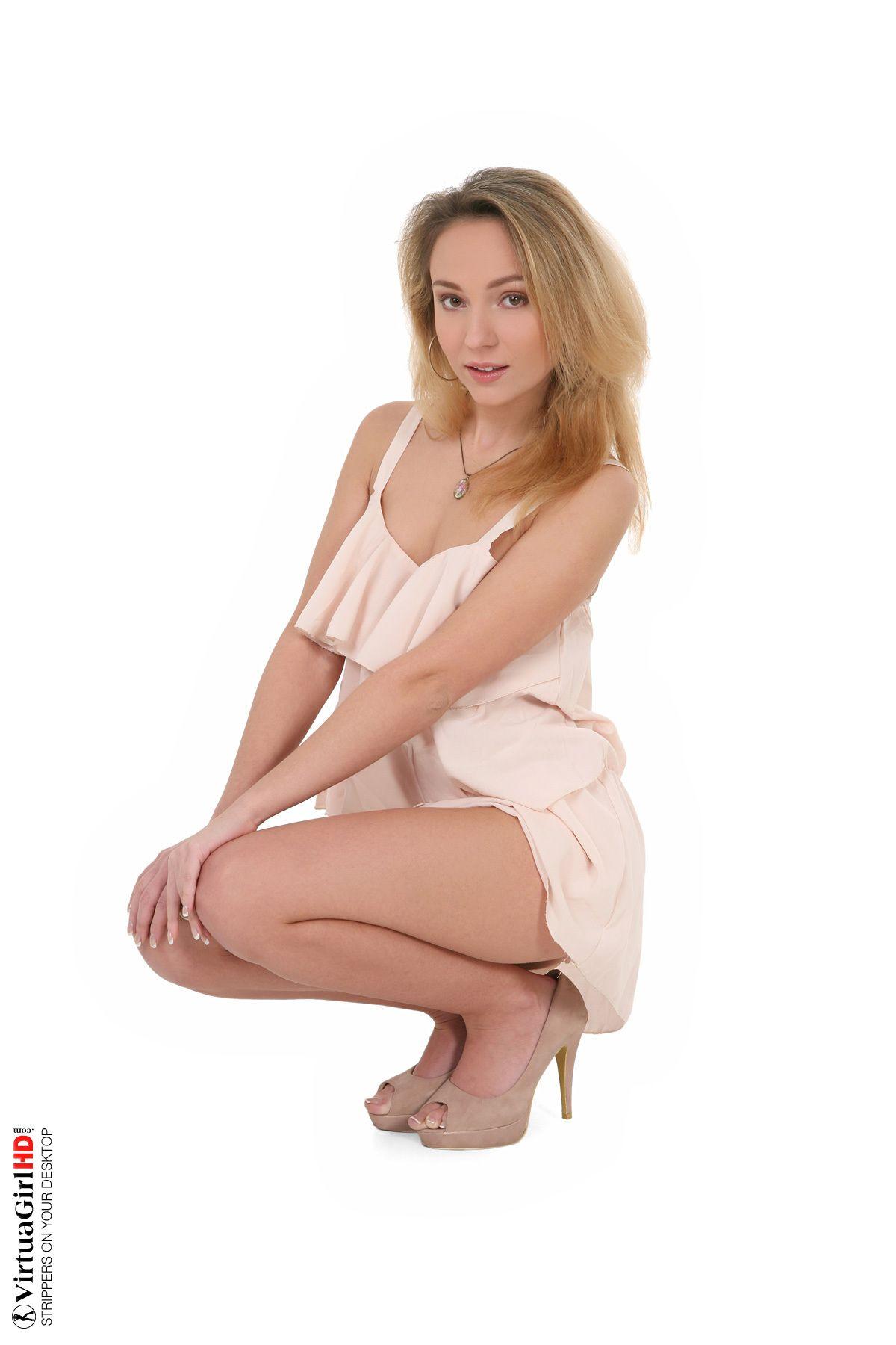 Nataly Von - ELEGANT 02