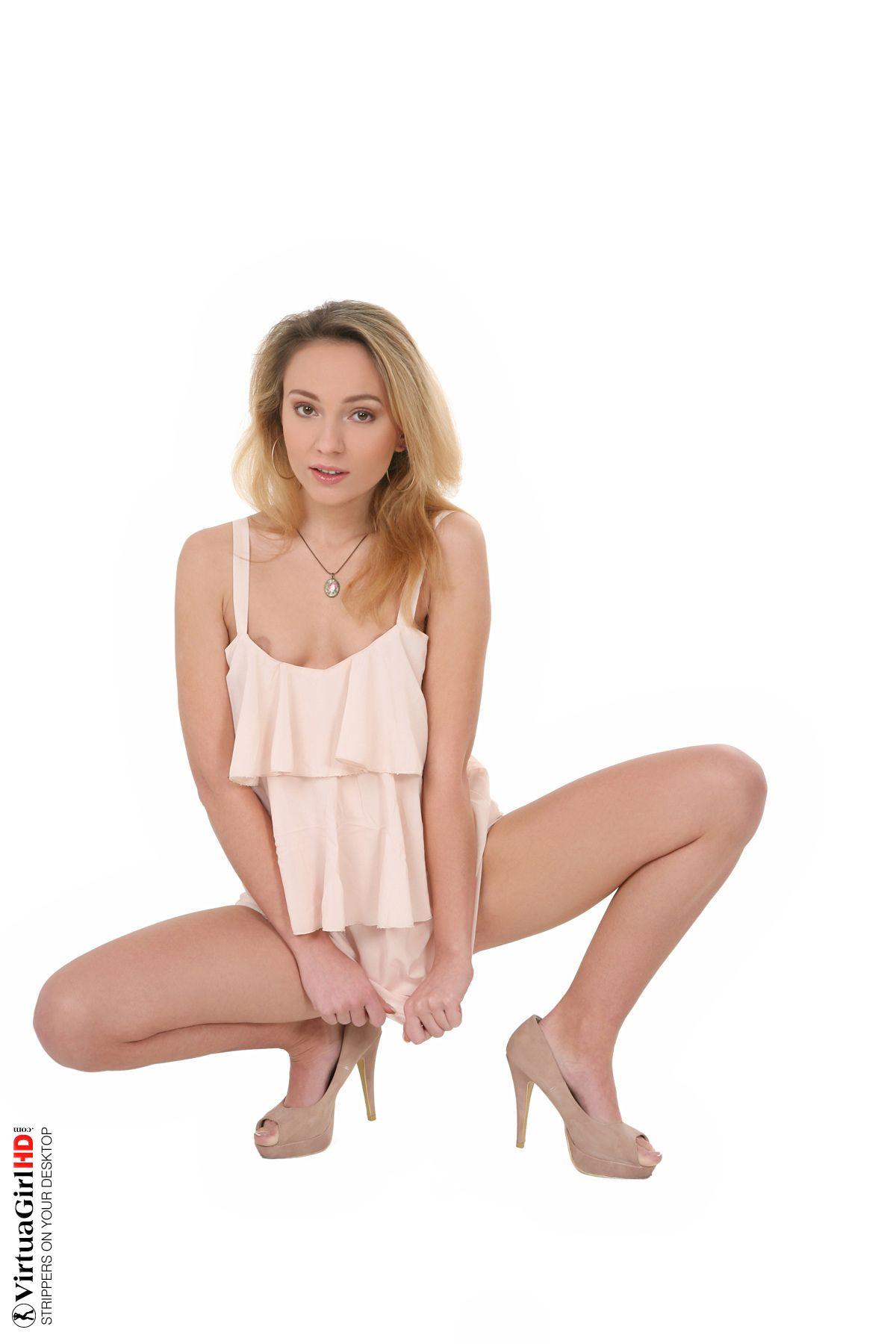 Nataly Von - ELEGANT 03