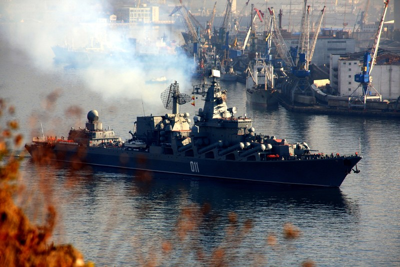 ロシア海軍太平洋艦隊旗艦・親衛...