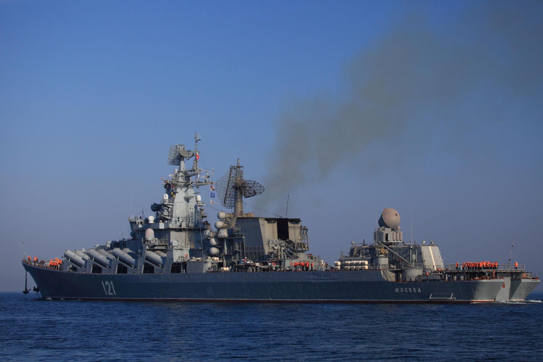 ロシア海軍黒海艦隊旗艦・親衛ロ...