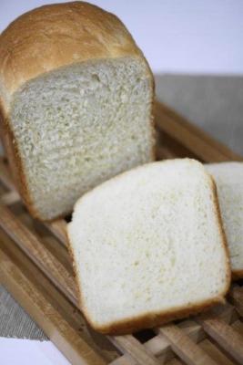 もっちりふわふわ早焼き食パン1