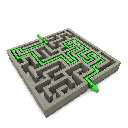 labyrinth-1015638_640.jpg