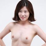 美乳な韓国の素人女性をモデルに撮影したヌード画像