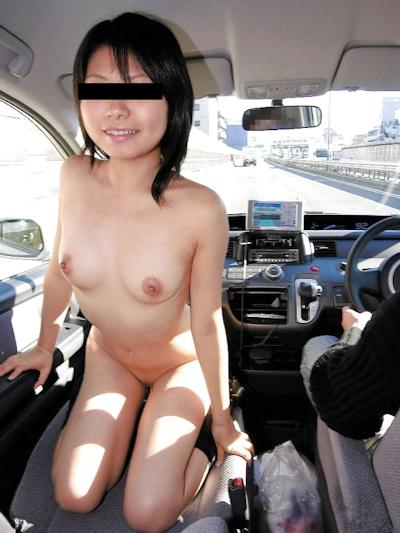微乳童顔日本素人美女 野外露出ヌード画像 3