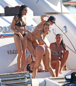 Joanna Krupa(ジョアンナ・クルパ) ビキニ&トップレス画像 2