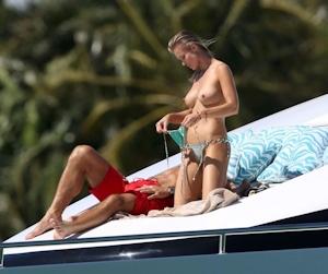 Joanna Krupa(ジョアンナ・クルパ) ビキニ&トップレス画像 7