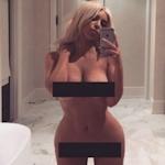 Kim Kardashian(キム・カーダシアン)の自分撮りヌード画像をSNSにアップにセレブが批判