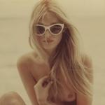 スウェーデンのスーパーモデル Elsa Hosk(エルザ・ホスク) セクシートップレス画像