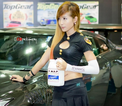 シンガポール美女モデル Rina Yuki Chen(リナ・ユキ・チェン) 流出ヌード画像 1
