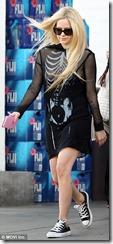 Avril-Lavigne-Nipple-Slip-271025 (8)