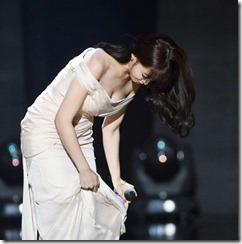 Hahm Eun-jung-271105 (3)