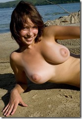 nudist-beach-280327 (5)