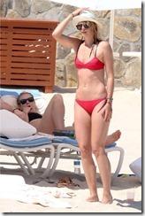 Maria-Sharapova-in-Red-Bikini-280329 (12)