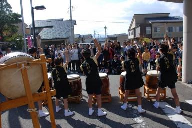 開会の合図・田上本町子供太鼓