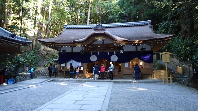 狭井神社.jpg