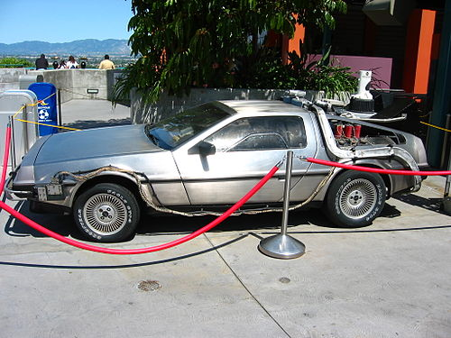 timemachine_Delorean.jpg