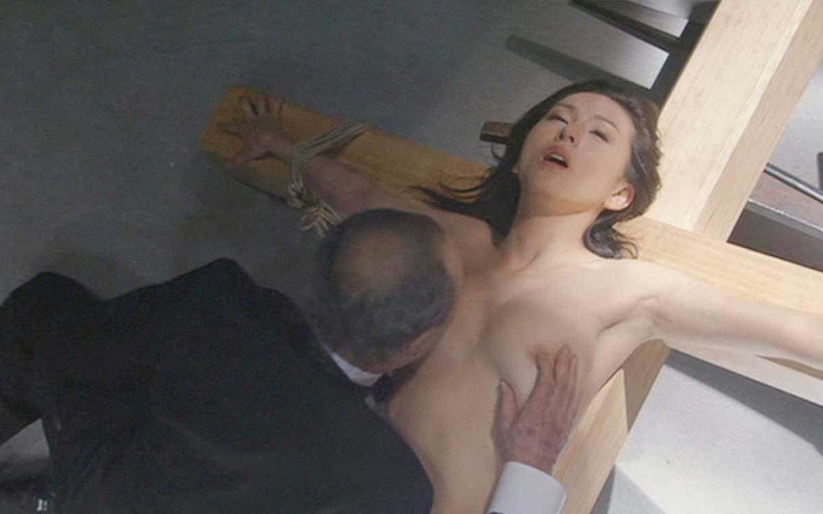 吉田羊 ヌード