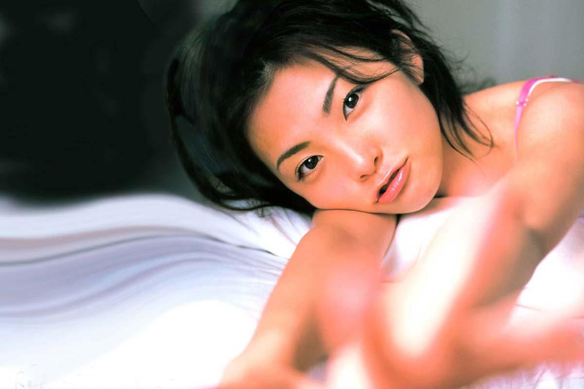 田中裕子 ヌード 田中麗奈 全裸ヌード画像 乳首出しおっぱいがエロすぎる(おまけ)