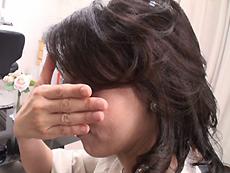 【無修正】家族も知らないギラギラする私 ~ダサすぎる奥さんを大変身~ 滝川英子