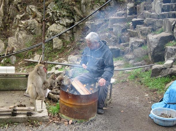オジサンと猿