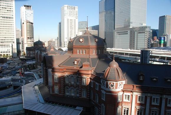 東京駅を上から見られます