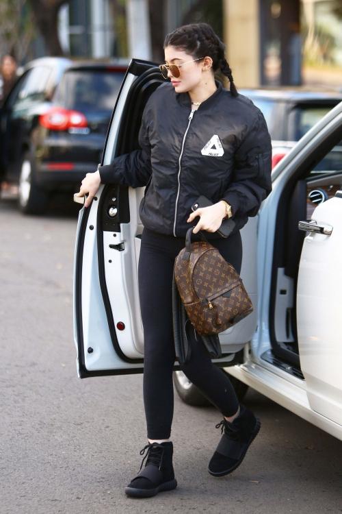 Kylie Jenner X2 (7)