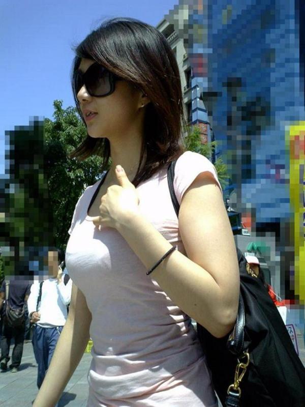 街撮りおっぱい画像 16