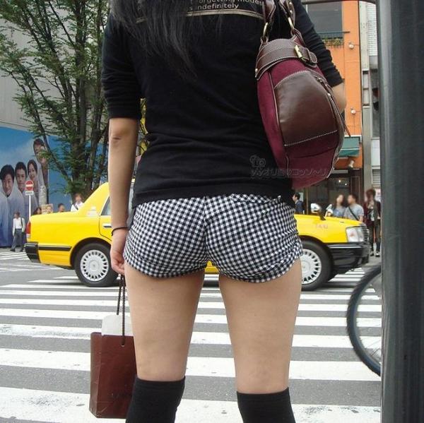 街撮りショートパンツ画像 13