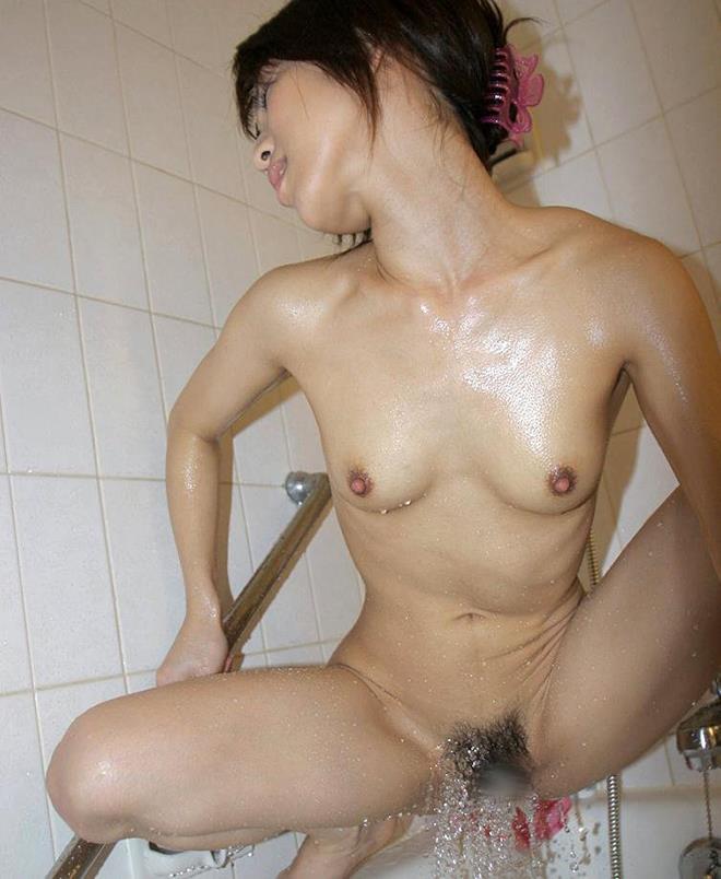 まんこシャワー画像 32