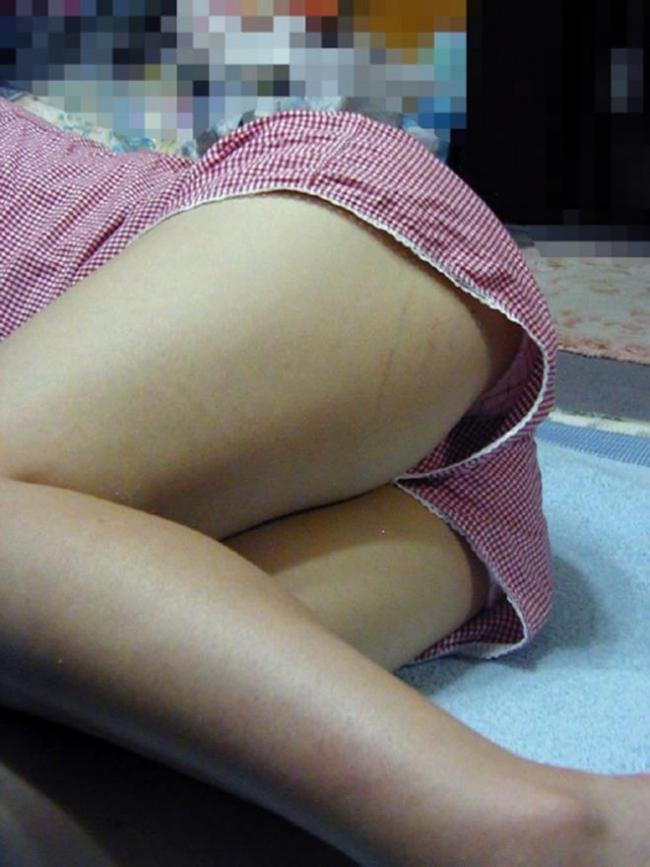 妹の寝姿画像 40