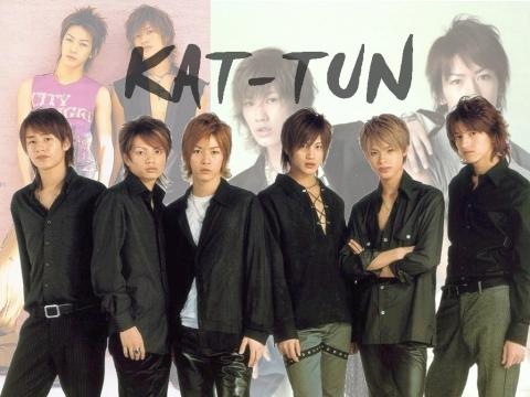 KAT-TUN-kabe3.jpg