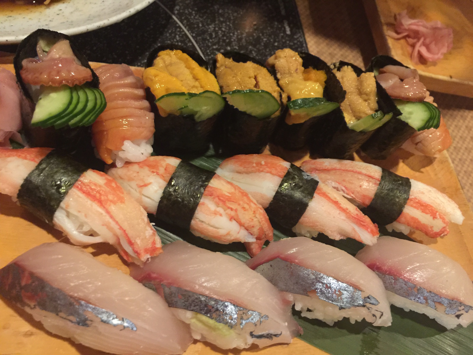 通天閣新世界寿司ろく鮮寿司盛り合わせ