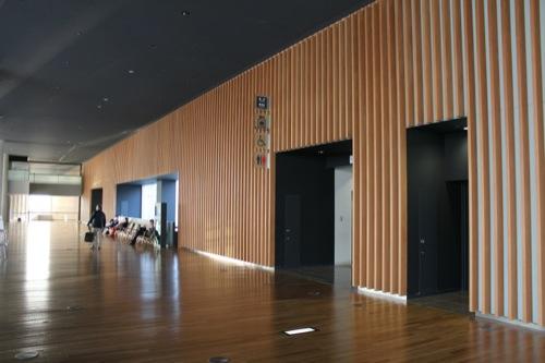 0009:国立新美術館 内観②
