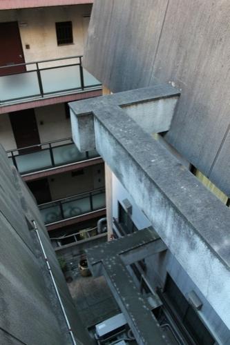 0028:日本工芸館 別館との接続梁