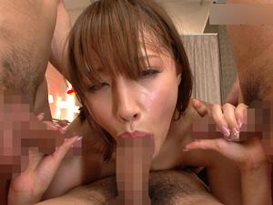 口・マンコ・アナルの3穴に何度も中出しされ絶頂を繰り返すS級美少女!!青山ローラ