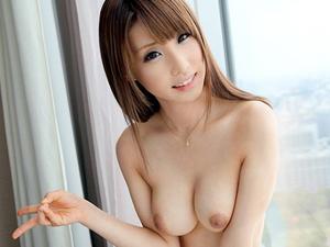 【あやみ旬果】八重歯のカワイイくびれ巨乳の美少女とホテルでハメ撮り!