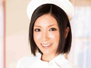 【瀬奈涼】献身的すぎて患者にオナニーを見せたりフェラチオご奉仕して中出し3Pまでしちゃう美人ナース