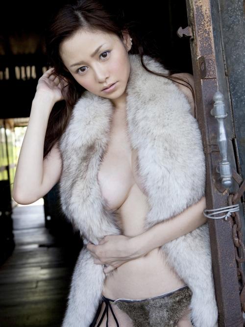 杉原杏璃 13