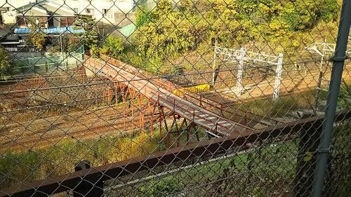 東山の人道跨線橋1
