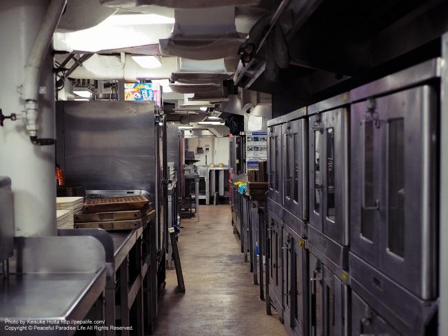 アメリカンな厨房(戦艦ミズーリの厨房)