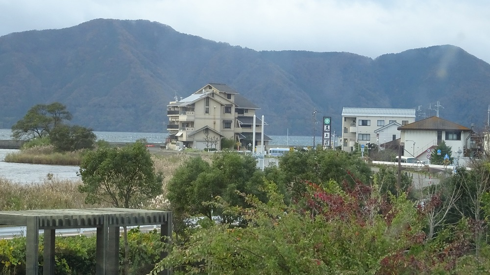 琵琶湖 湖北  尾上 旅館 うをよし (2015年11月)